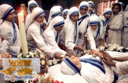 Смерть Матери Терезы