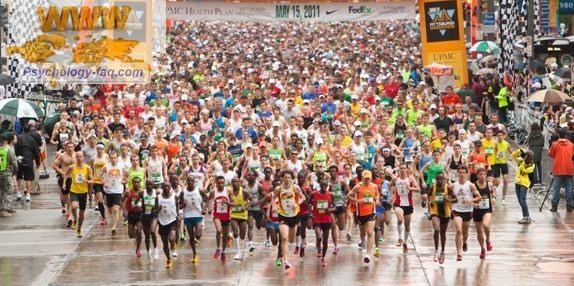 Бежать марафон