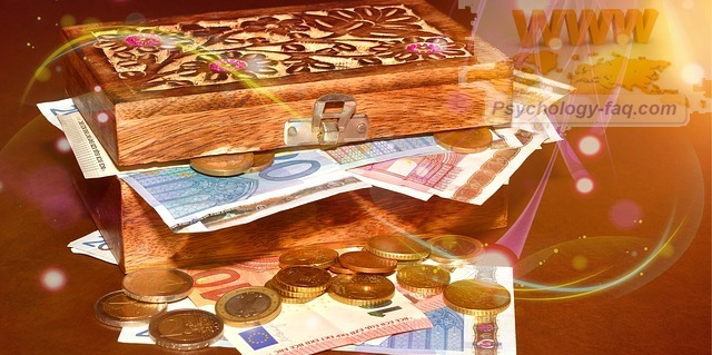 смысл денег